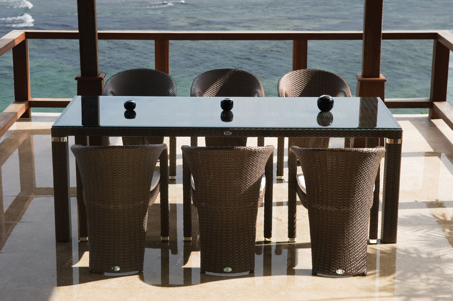 Tuxedo set synthetic rattan dining table